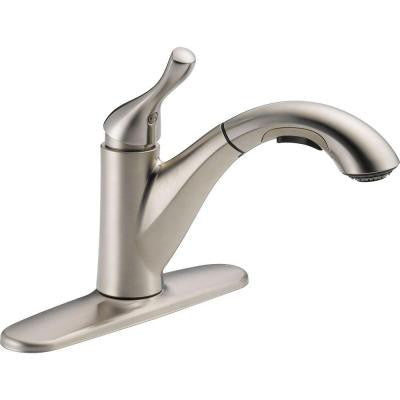 Delta Grant Single-Handle Pull-Out Sprayer Kitchen Faucet in Stainless