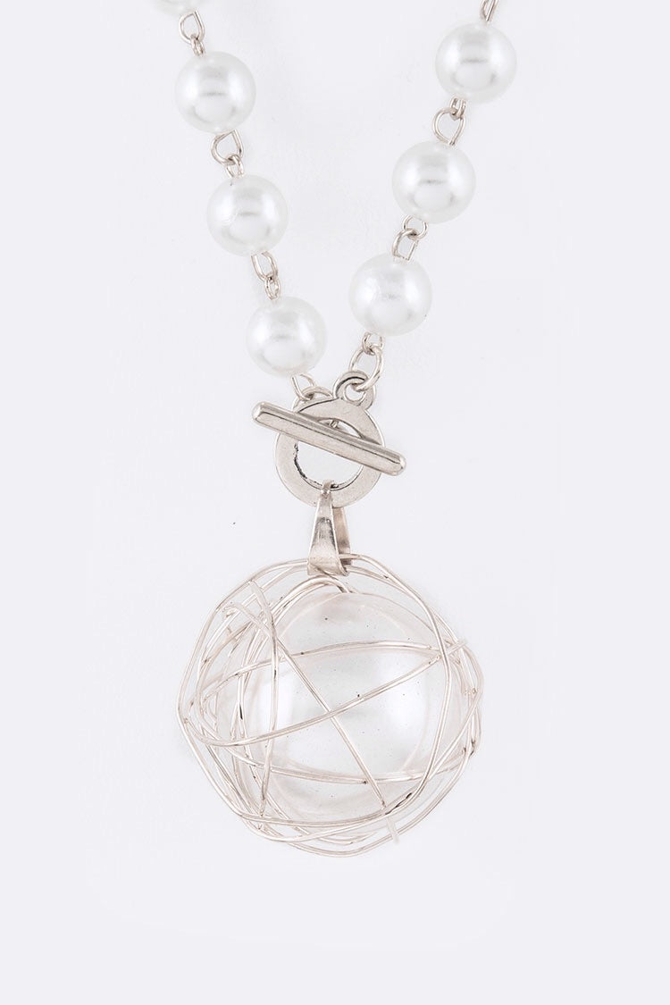 Avery Ball Necklace