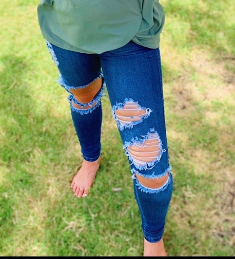 Distressed Darlin Jeans SIZE UP!