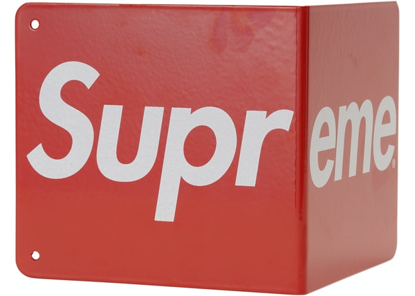 Supreme Bookends (Set of 2) Red