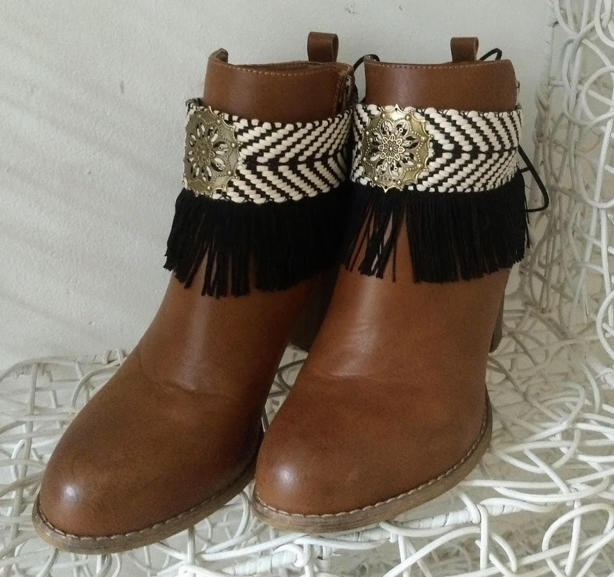 Boot belts