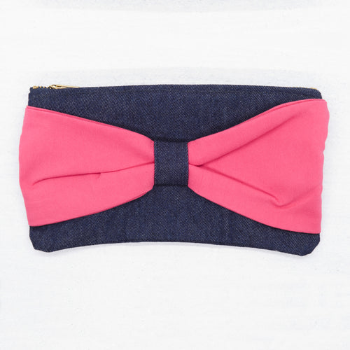 Transformed Clutch with Bow