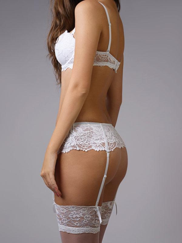 Full Embroidery 2Pcs Soft Pad Bra with Thong