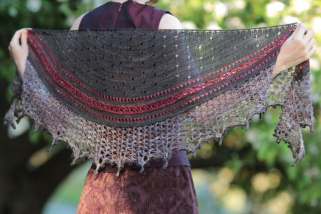 A New Shawl and New Colourways!