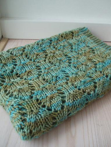 Knitting With Variegated Yarn Skein