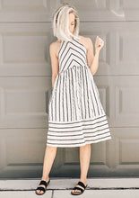 Load image into Gallery viewer, Taupe and Black Linen Dress with tie back