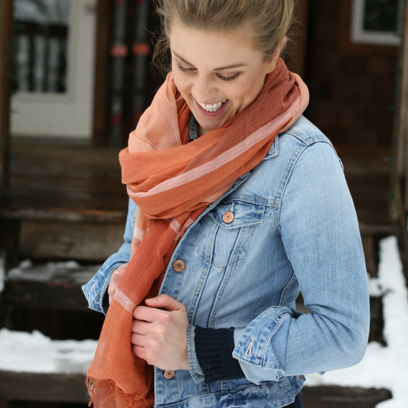 Stylish Ways To Wear A Scarf in 2017