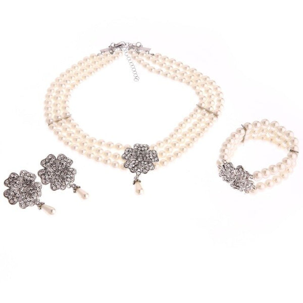 Audrey Hepburn Breakfast at Tiffanys 1950s Costume Jewelry Accessory Set Pearl Necklace Earring Bracelet Lady costume accessory