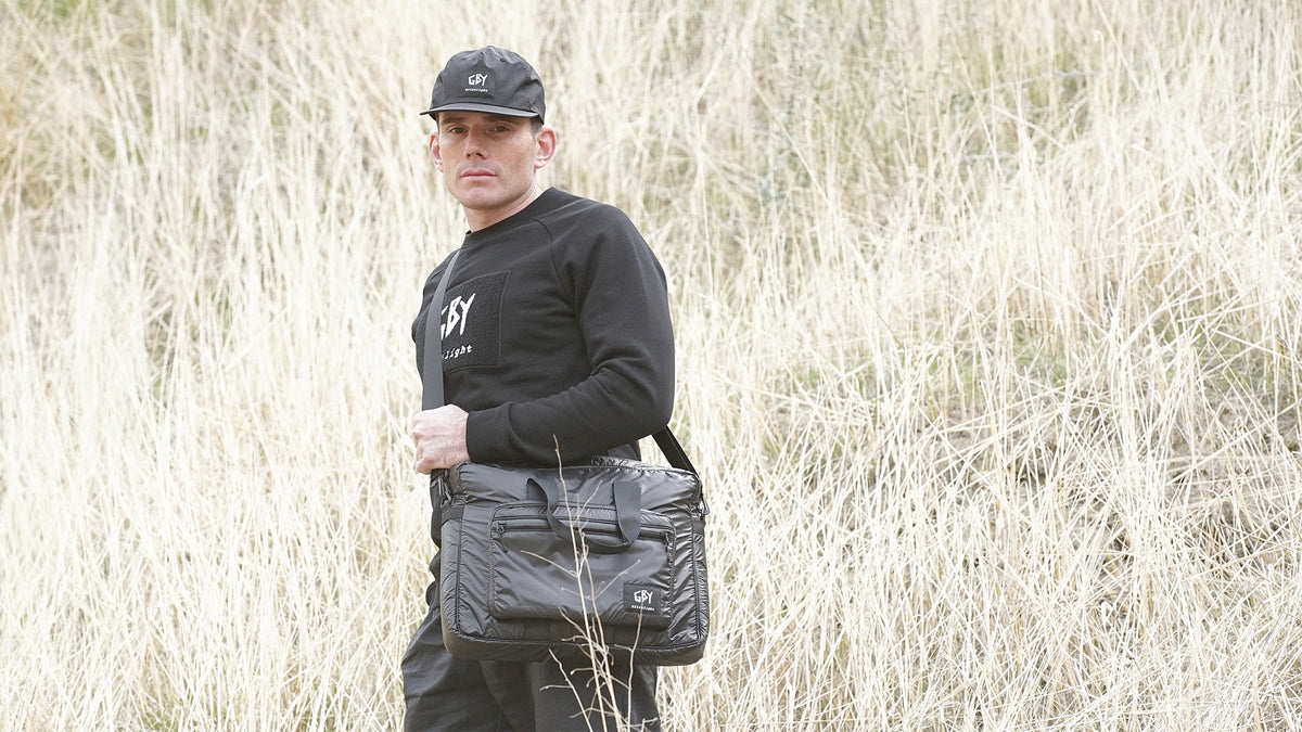 GBY Ultralight - William field lightweight briefcase and black label 5-panel hat