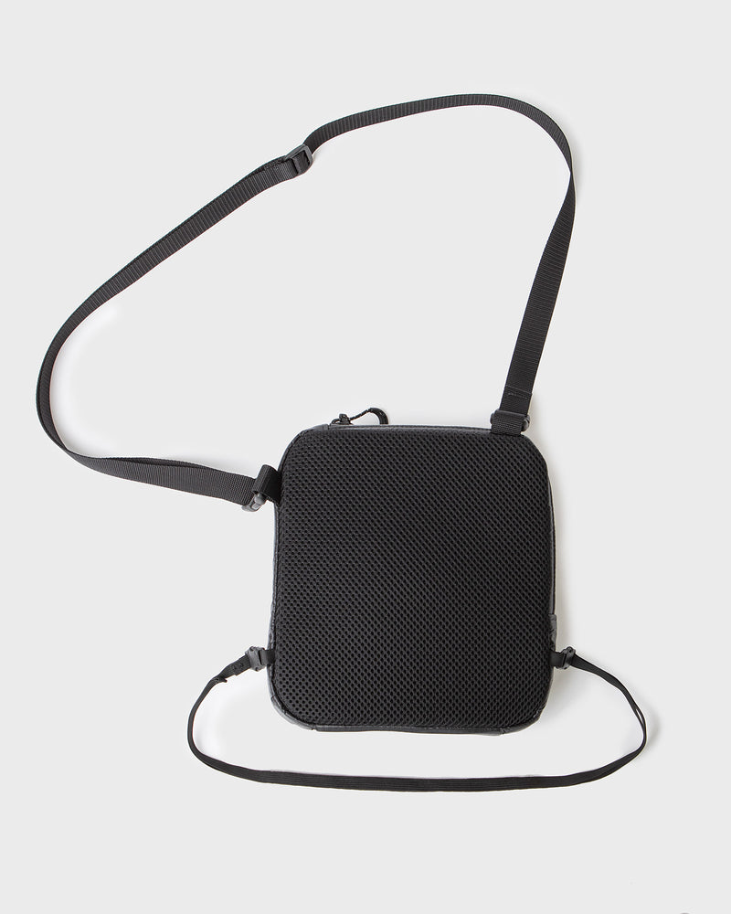 color: black ~ alt: GBY Ultralight - Cross-Body Bag 01 ~ info: Rear view, ventilated fabric, with elastic waist strap (included)