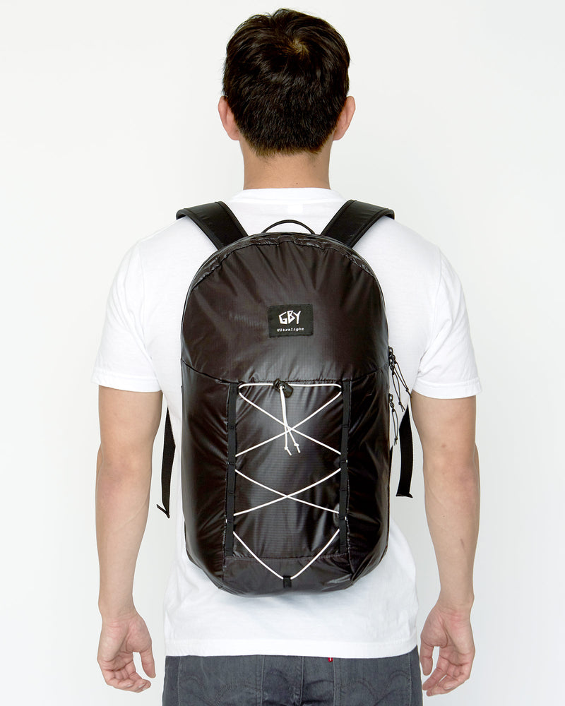 color: black ~ alt: GBY Ultralight Laptop Day Pack Lightest In The World - Zipper Detail ~ model_h: 5'11