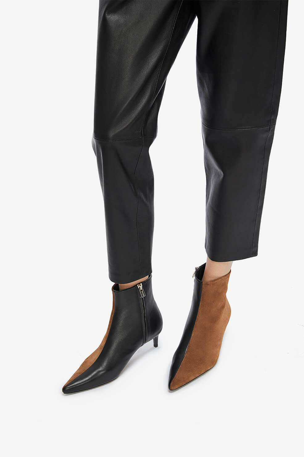 ANINE BING Loren Boots - Cognac And Black