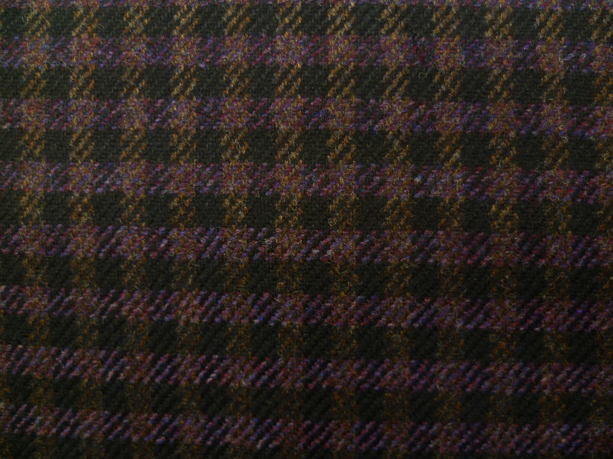 Plum-Purple and Black Houndstooth Wool