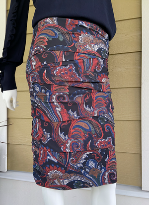 QU - layered skirt w/print