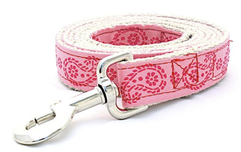 Pretty Paisley in Light Pink
