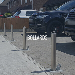Telescopic driveway security bollards