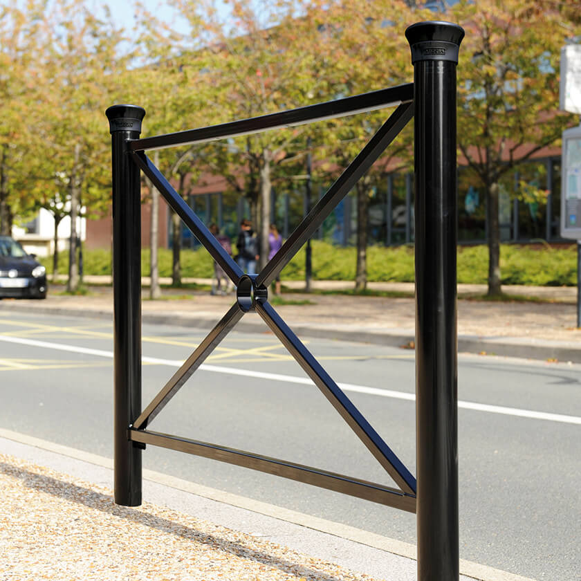 Stylish steel railings for pedestrian demarcation