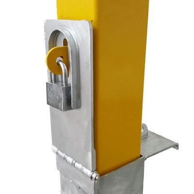 140-y Yellow removable bollard padlock location