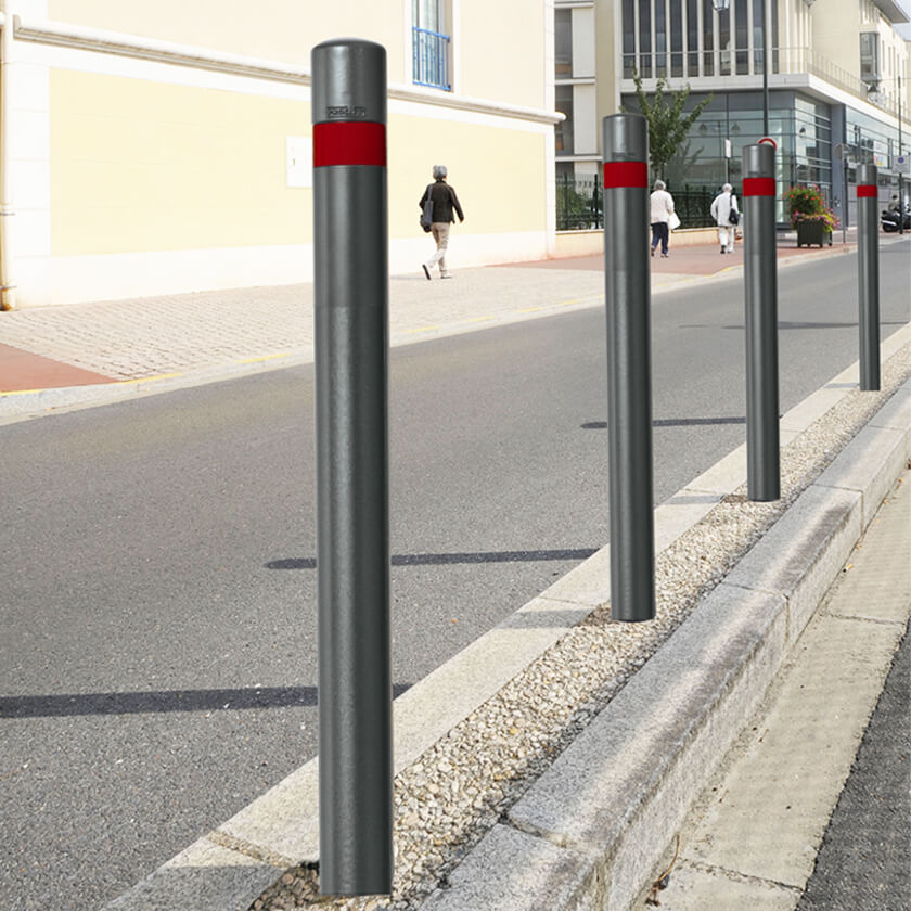 Cast Collar Steel Bollard