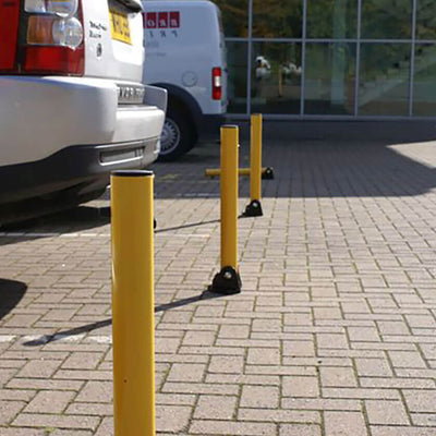 KYP1 Fold down parking posts