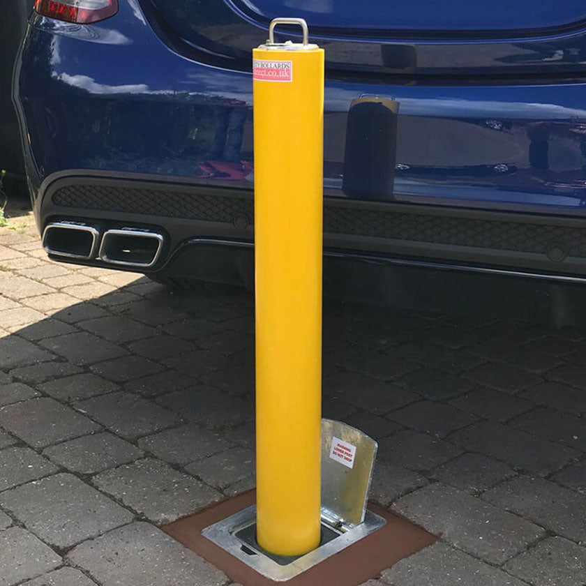 R14 telescopic bollard in Yellow