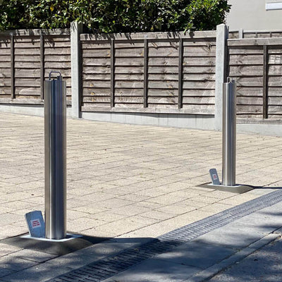 RD4S Stainless steel telescopic driveway security bollards
