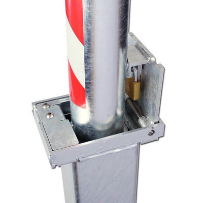 Retracta-post square telescopic bollard padlock location