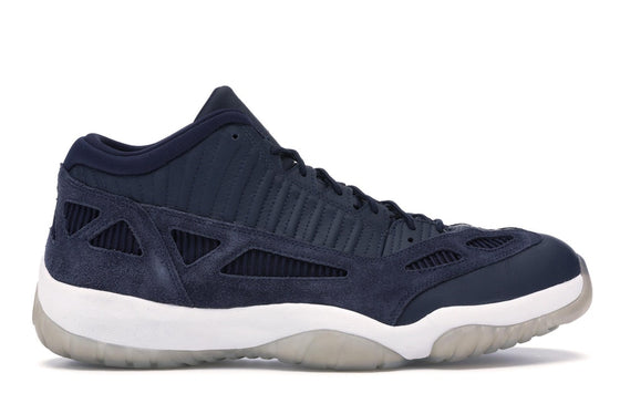 Air Jordan 11 Low IE Obsidian