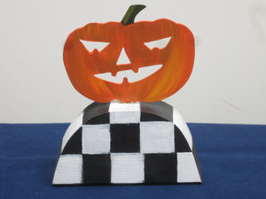 Jack-O-Lantern Table Topper