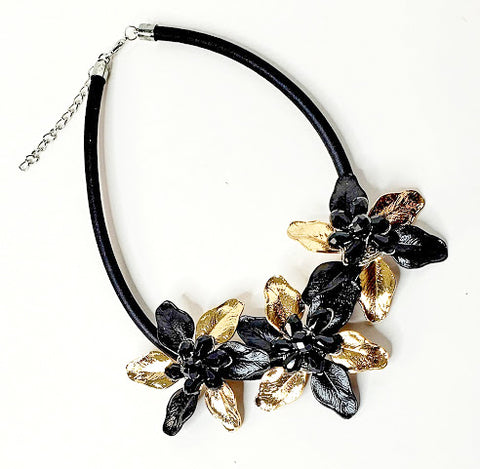 Two Tone Floral Necklace