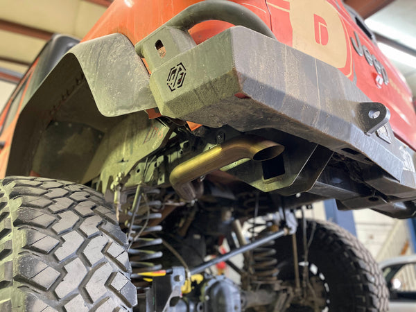 Jeep Gladiator JT with MagnaFlow Rock Crawler Exhaust System
