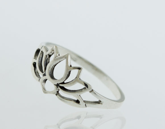 Lotus Outline Ring