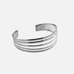 Simple Cuff with Open Design