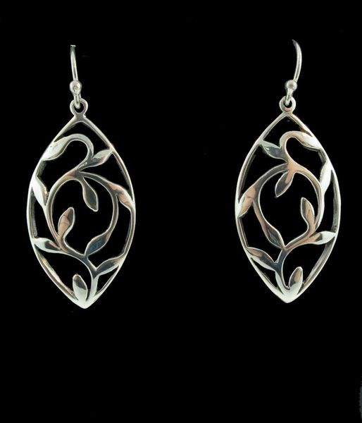 Oval Shaped Dangle Earrings with Leaves