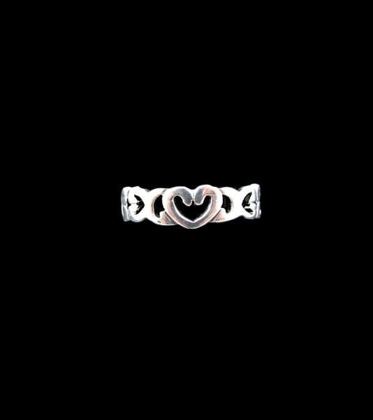 Heart Medium Band Silver Ring
