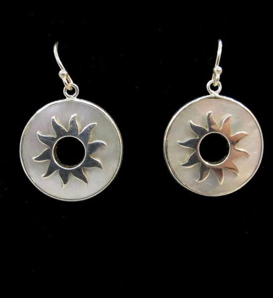 Mother of Pearl Sun Round Earrings