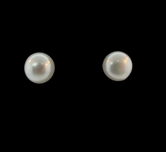 0.45 in. Synthetic Pearl Round Studs