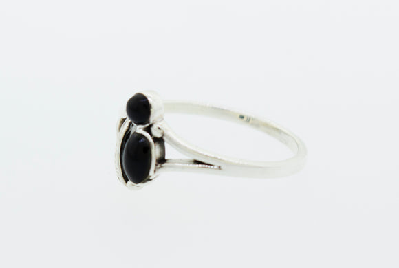 Onyx Ring with Feather