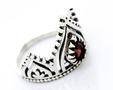 Silver Crown Ring With Teardrop Shape Garnet