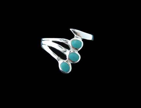 Fanned 3 Circles Turquoise Inlayed ring