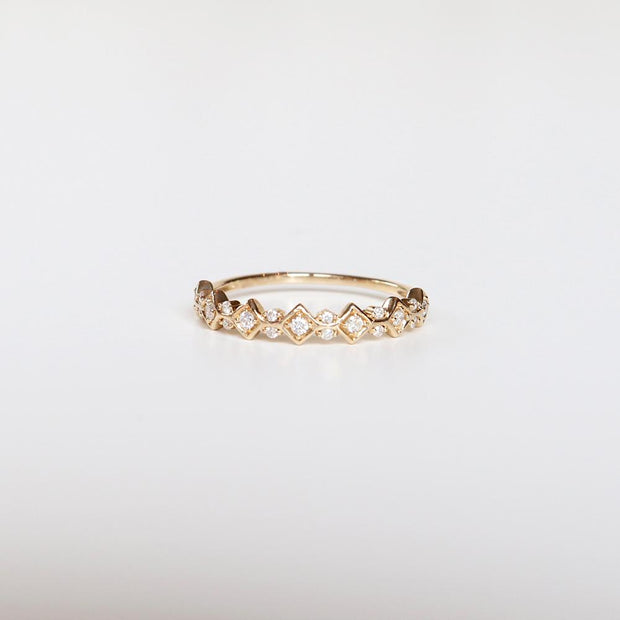 Artemis Diamond Band