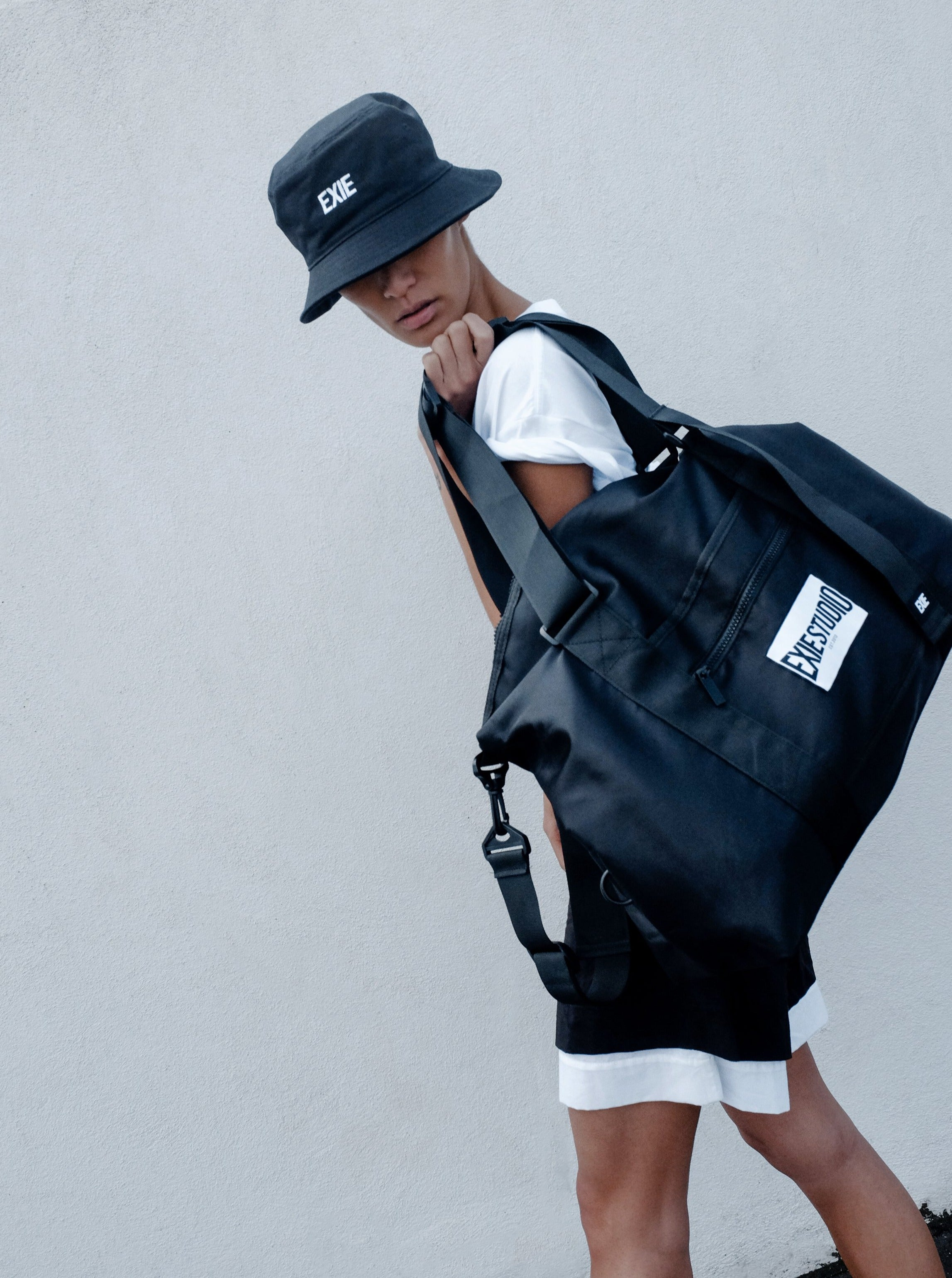 EXIE SPORTS BAG