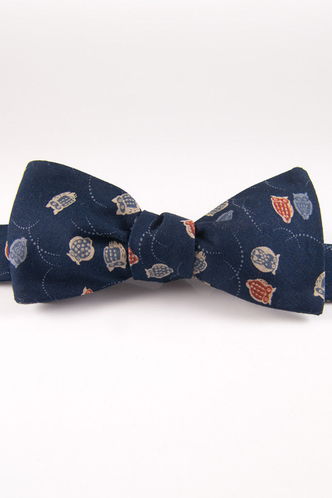 Blue Hoots Self Tie Bow Tie