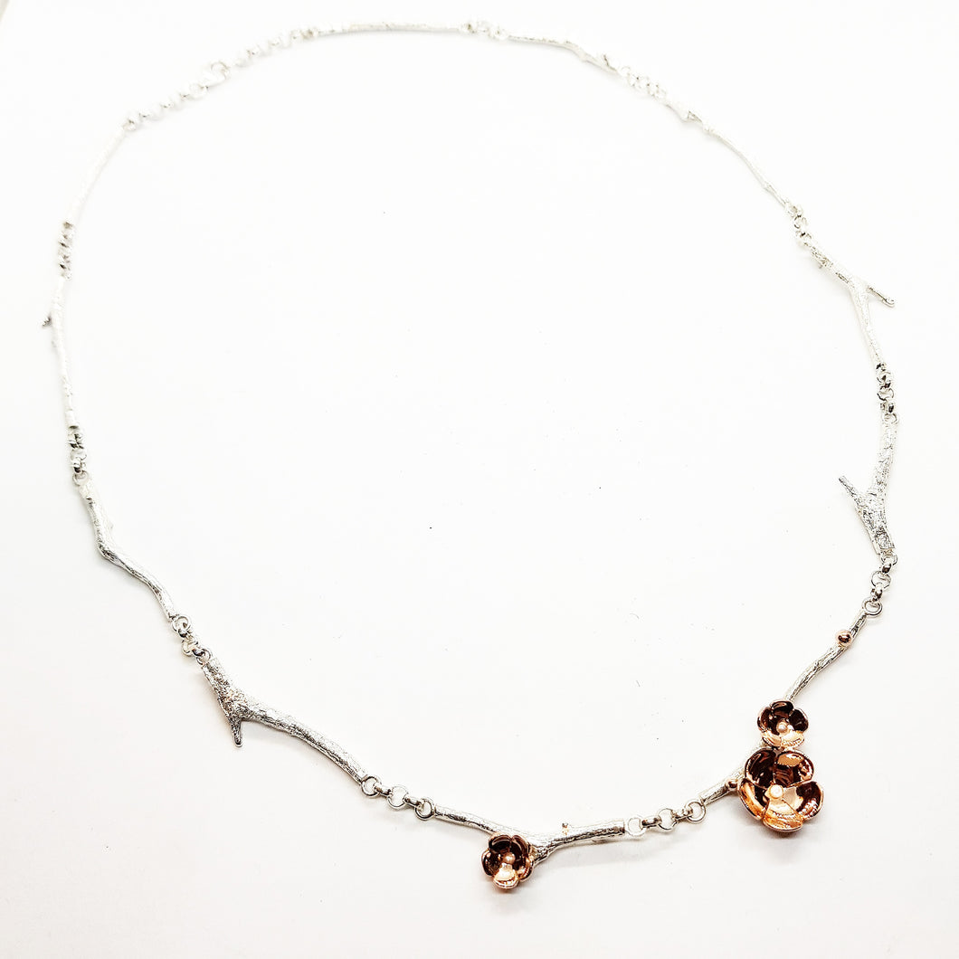 Twig & Blossom Distringam necklace