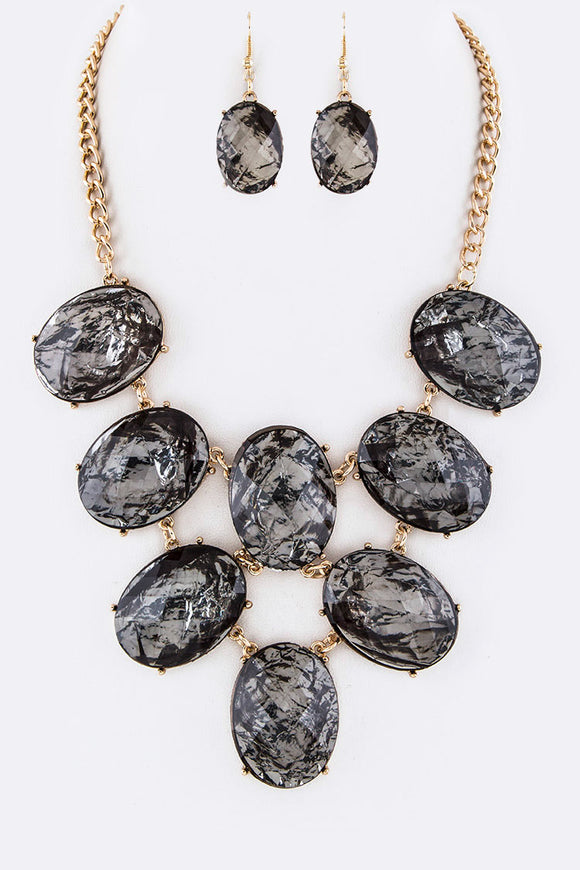 Black Diamonds Necklace Set