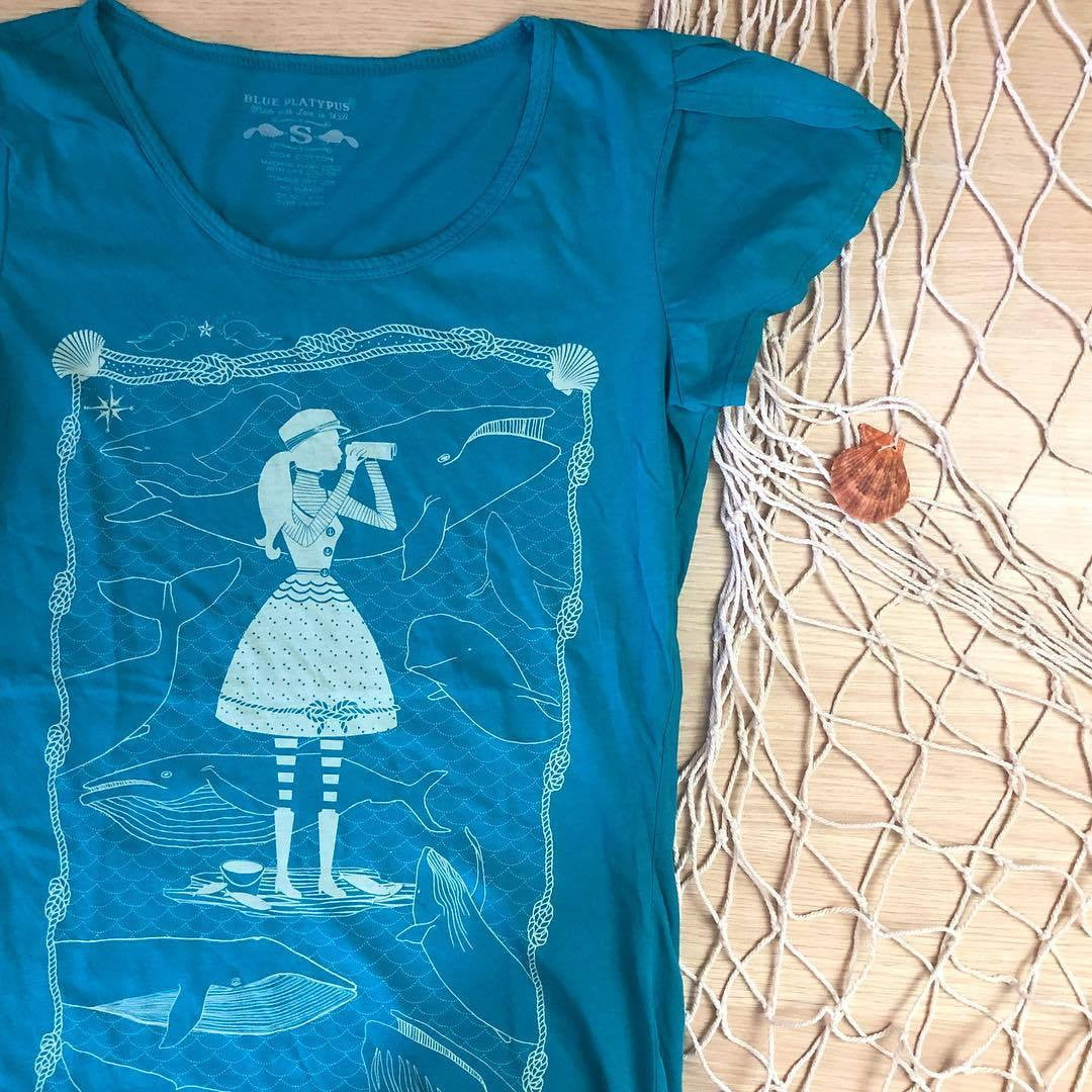 Whale Watcher Top