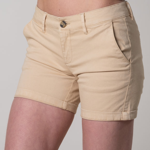 Instow Chino Shorts In Cream