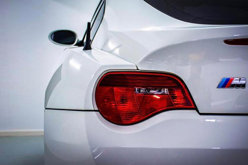 BMW Z Series Z4 2006-2008 (E85/E86 LCI) BLACKLINE Taillight Overlay Kit