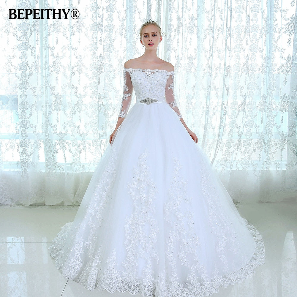 Gorgeous Lace Wedding Dress Three Quarter Sleeves Vestido De Novia Cheap Bridal Gowns 2015 Casamento Wedding Dresses With Belt