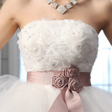 Load image into Gallery viewer, Ladybeauty 2018 Low price the bride royal princess wedding dress short train formal dress short design wedding growns